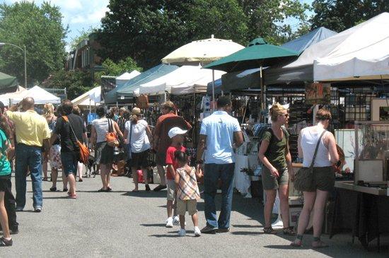 Flea Market at Eastern Market, photo courtesy of Diverse Markets Management.