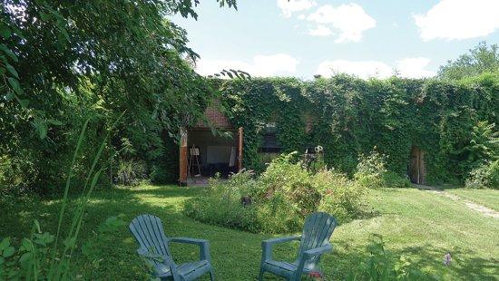 Freeman's studio in Deanwood NE.  Photo by Phil Hutinet for East City Art
