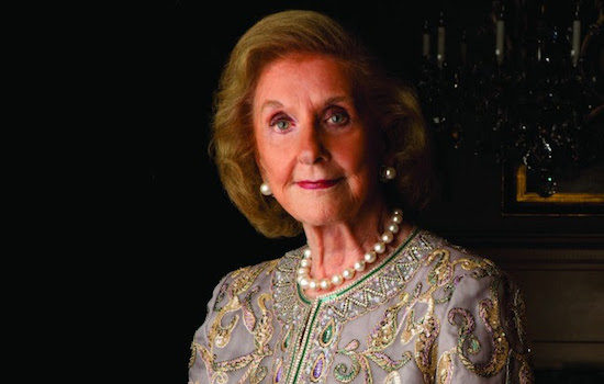 National Museum of Women in the Arts Founder Wilhelmina Cole Holladay Receives 2017 Mayor's Arts Award for Lifetime Achievement