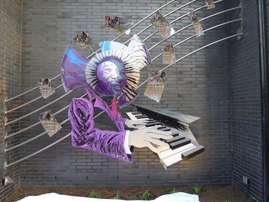 Duke Ellington. Image by Phil Hutinet for East City Art.