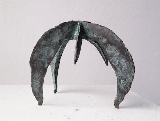Felicia Glidden, Tripod, bronze. Courtesy of Washington Sculptors Group.
