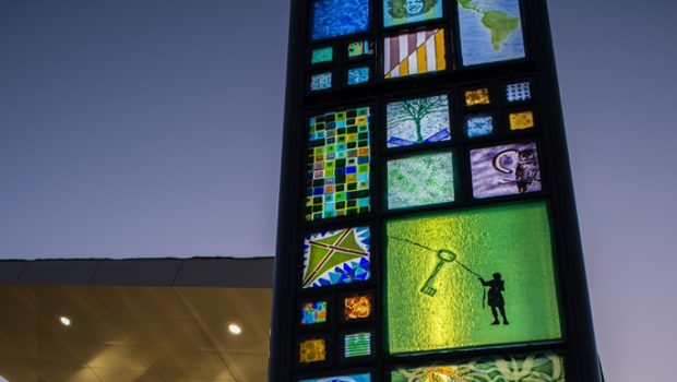 Washington Glass School Inaugurates Glass and Steel Sculpture at New Laurel Library
