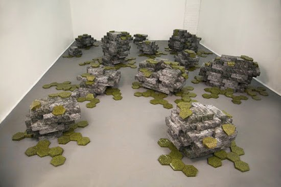Nara Park, Never Forget, 2014, plastic packaging boxes and vinyl, courtesy of Hamiltonian Gallery and Artists.