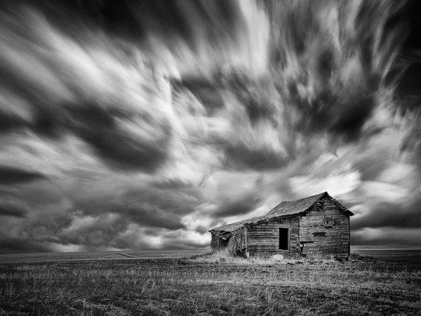 Richardson_Approaching-Storm