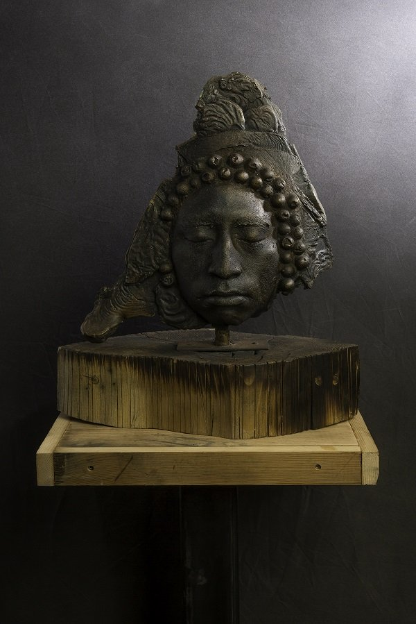 Wilfredo Valladares, Unmasked 1, variable dimensions, bronze wood. Photo courtesy of the artist.