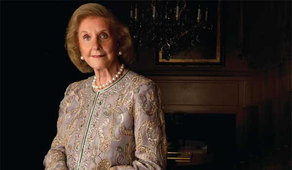 Wilhelmina Cole Holladay, Founder of the National Museum of Women in the Arts, Dies